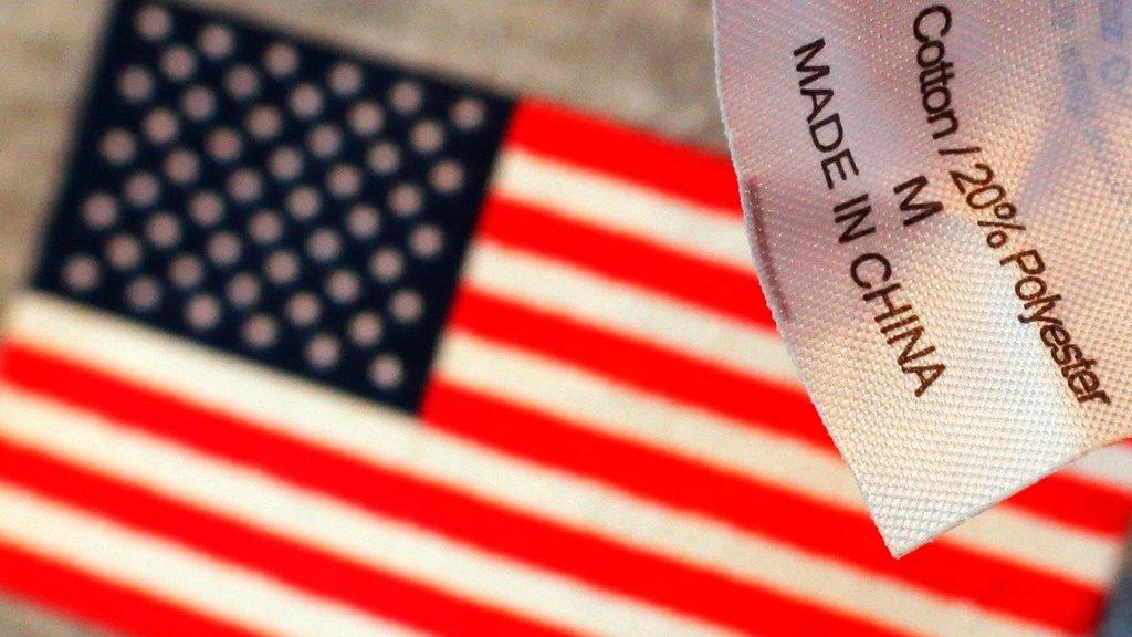 【中美貿易戰】路透社引述美方官員證實,取消關稅的計劃是「第一階段」中美貿易協議的一部分。這與中方官員周四的表述吻合。