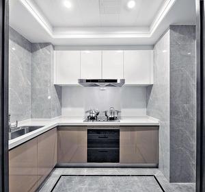 廚房備餐空間充裕(代理提供圖片)