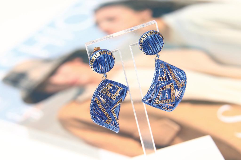 该品牌曾经与中国故宫博物馆合作,推出3D打印耳环,更成功获取国际设计大奖。 (汤炳强摄)
