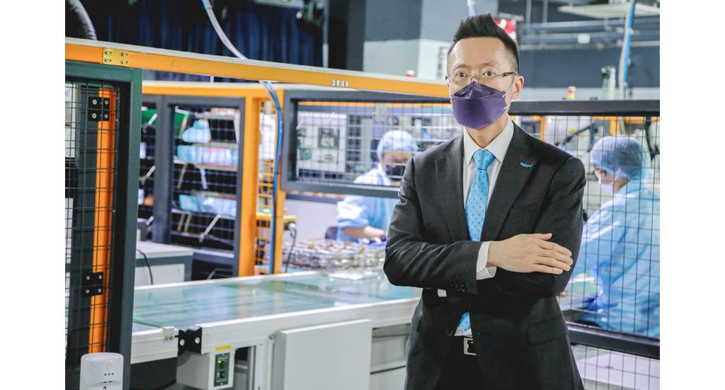生产力局首席数码总监黎少斌指出在香港使用智能生产线,总成本其实与海外的非智能生产线差不多。